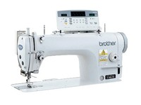 Прямострочная промышленная швейная машина Brother S-7000DD